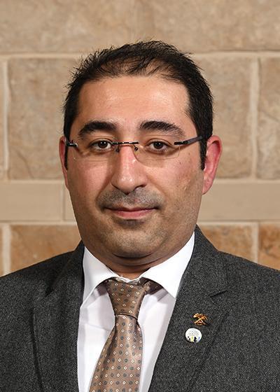 Behzad Vaziri Hassas