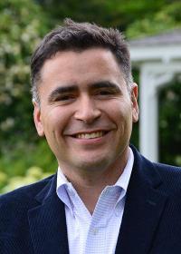 Luis Ayala H.